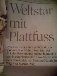 """Martina Hingis ein """"Weltstar mit Plattfusss..."""". Aus der NZZ am Sonntag."""